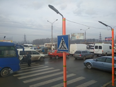 На Калинівському ринку хочуть встановити світлофори