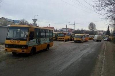 У Тернополі страйк водіїв маршруток
