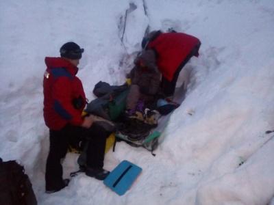 У Карпатах туристка зірвалася зі схилу та скотилася у 300-метрову прірву