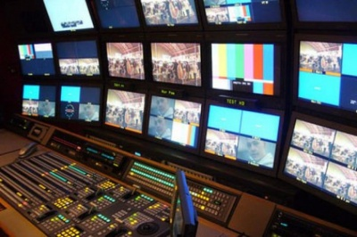 Нацрада з питань телебачення хоче заборонити політикам вести передачі