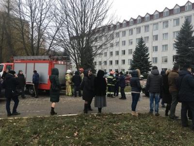 Поліція відкрила кримінальне провадження за фактом вибуху в податковій у Чернівцях