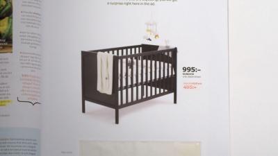 50% знижка на ліжечко, якщо так: Ikea випустила рекламу з вбудованим тестом на вагітність