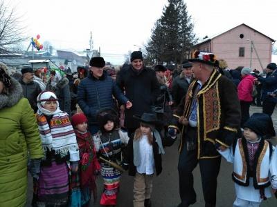 У Вашківцях на Буковині почали святкувати Маланку (ФОТО)