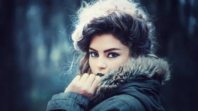 Не посивіти раніше терміну: секрети збереження рідного кольору волосся