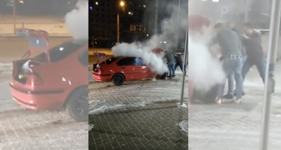 В Черновцах из-за «дрифтування» ночью вспыхнул BMW возле автозаправки (ВИДЕО)