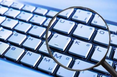 Кіберполіція викрила в розповсюдженні дитячої порнографії п'ятьох киян