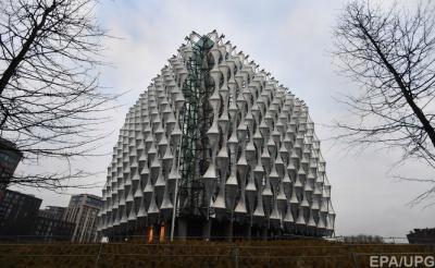 У Лондоні відкрилася нова ультрасучасна будівля посольства США