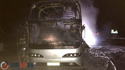 У Казахстані на ходу загорівся автобус - загинули 52 людини