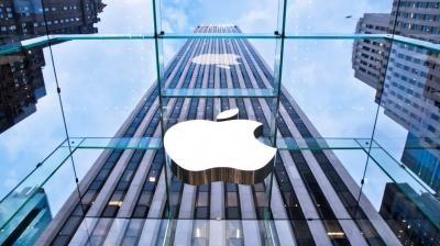 Компанія Apple обіцяє повернути в економіку США 350 мільярдів доларів