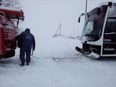 Буковину екстремальні снігопади оминули, але зимова погода утримається
