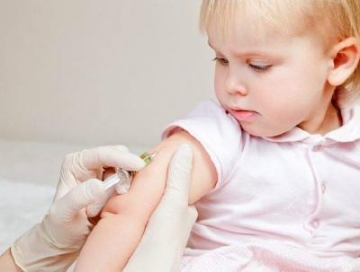 МОЗ хоче запровадити відповідальність для батьків за відмову від вакцинації