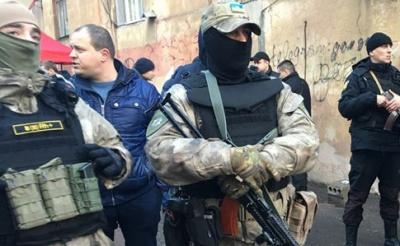 Стрілянина в Одесі. У лікарні помер поранений зловмисником дільничий