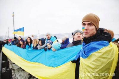 """У Києві до Дня Соборності утворили """"живий ланцюг"""""""
