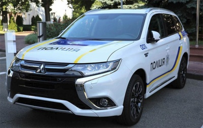 МВС заборонило співробітникам використовувати службові авто для власних потреб