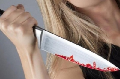 Через ревнощі на Буковині одна жінка порізала ножем іншу