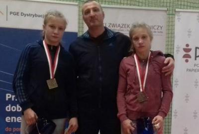 Буковинські борчині-близнючки здобули дві золоті медалі