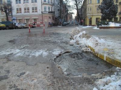 У центрі Чернівців через аварію відключать воду