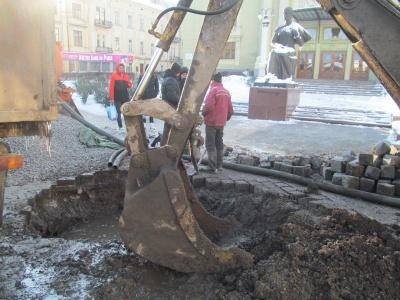 Щодня на водопроводі в Чернівцях стається по 2-3 серйозних витоки