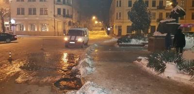 Аварія на водопроводі та закриття газетних кіосків. Найголовніші новини Буковини за минулу добу