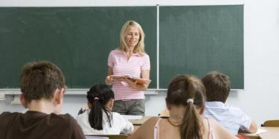 У Міносвіти розповіли, за рахунок чого зросте зарплата вчителів