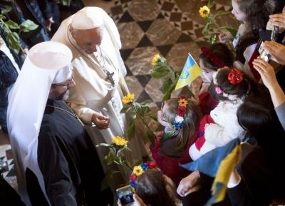 Папа Франциск зустрівся з українською громадою у Римі