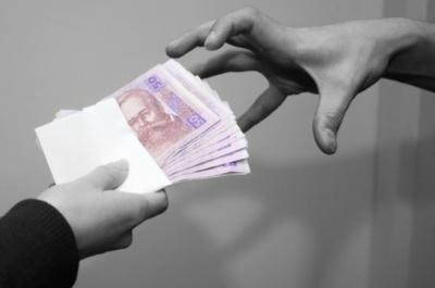 На Буковині шахраї очистили гаманці довірливих на 27 тис грн
