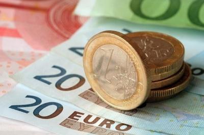Курс валют від НБУ: євро і долар стрімко подешевшали