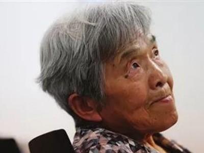 У Китаї 81-річна жінка отримала диплом про вищу освіту