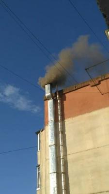 У Чернівцях рятувальники шукають причину загорання в ресторані на вулиці Комарова