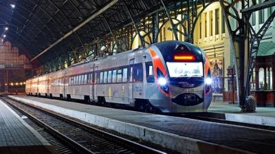 В Україні з'являться швидкісні потяги і євроколія