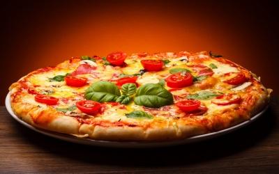 Дієтологи визнали, що піца на сніданок - це корисно