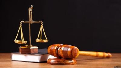 Чоловіка за пограбування бухгалтера у Чернівцях засудили до 5 років