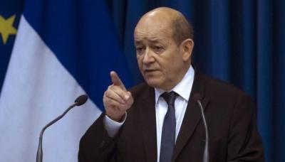 Франція закликала Польщу не переписувати історію