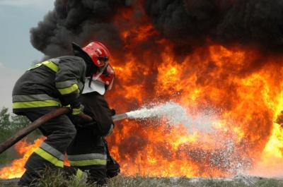 На Буковині на пожежі через пічку загинули мати і 3-місячна донька