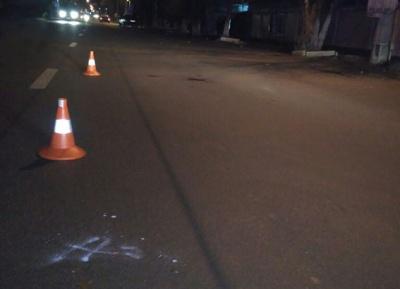 У Чернівцях «ВАЗ» збив п'яного пішохода, що переходив дорогу в недозволеному місці