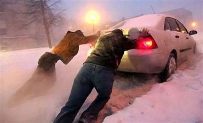 У мерії Чернівців водіїв закликали утриматись від поїздок містом