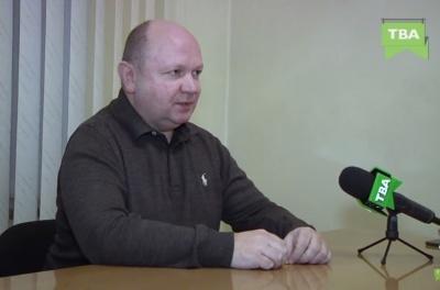 Секретар Чернівецької міськради заявив, що його дружина-нардеп не має стосунку до «Рідного міста»