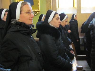 До Чернівців з'їхалося 250  монахів та монахинь Української Греко-Католицької Церкви (ФОТО)