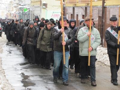 У Чернівцях сотні монахів та монашок молилися за мир (ФОТО)