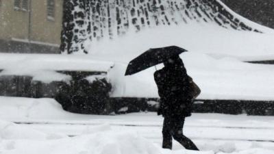 Прогноз погоди на 12 лютого: хмарно по всій Україні, на сході та в Криму – сніг