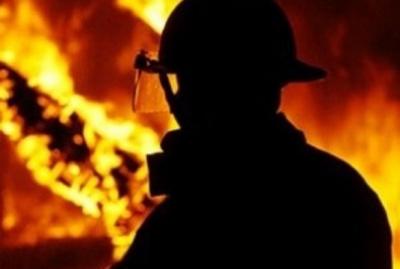 У Чернівцях рятувальники ліквідували пожежу в адмінбудівлі кладовища на Зеленій