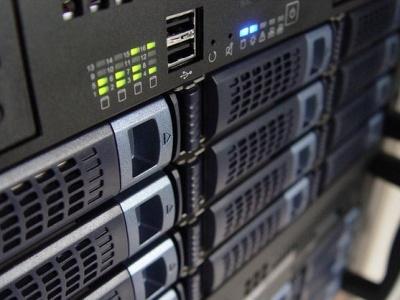 Facebook почав розміщувати свої сервери в Україні