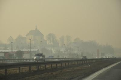 У Польщі сильний смог: подекуди вміст пилу перевищує норму на 700-900%