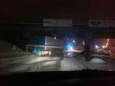 ДТП на Хотинській: у поліції Чернівців повідомили схему об'їзду місця аварії