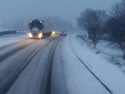 В полиции рассказали, на каких трассах Буковины неудовлетворительное состояние для проезда транспорта