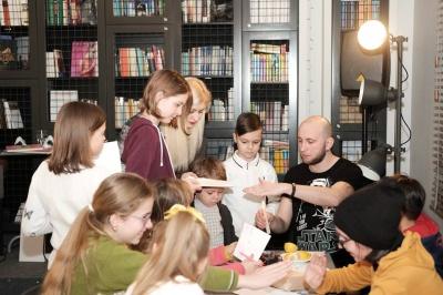 У Чернівцях презентували мультик за мотивами книги Христі Венгринюк «Легенди Чернівців від Чорної вівці»