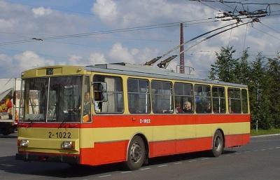 У Чернівцях визначили переможця тендеру із закупівлі 6 «вживаних» тролейбусів
