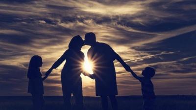 Вчені з'ясували, як батьківство впливає на імунітет
