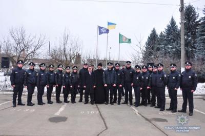 У Чернівцях 15 патрульних поліцейських склали присягу на вірність українському народу (ФОТО)