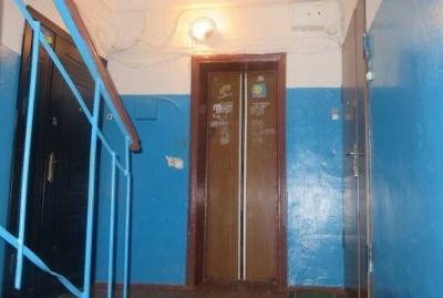 У Чернівцях невідомі зловмисники залишили три багатоповерхівки без ліфтів, викравши з них запчастини